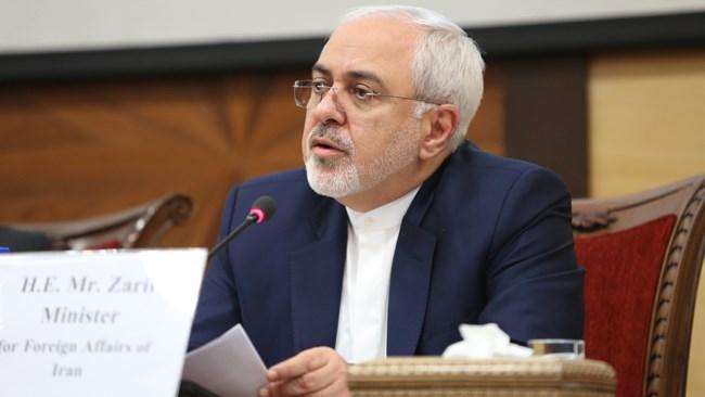 محمد جواد ظریف وزیر امور خارجه بر فعالیت اقتصادی سفارتخانههای ایران در کشورهای مختلف تاکید کرد.