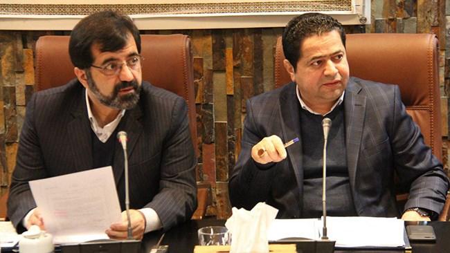 حسین پیرموذن، رئیس اتاق اردبیل و عضو هیئت رئیسه اتاق ایران می گوید، با توجه به تورم ایجاد شده در کشور، بانکها موظف شدند پرداخت تسهیلات واحدهای تولیدی را مورد ارزیابی مجدد قرار دهند.