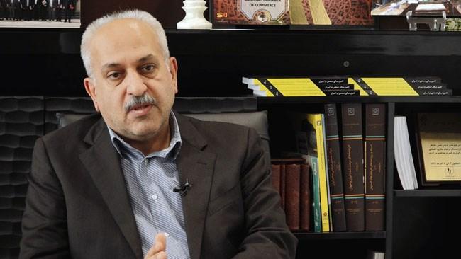 کیوان کاشفی، رئیس اتاق مشترک ایران و سوریه از راهاندازی ساختمان مرکزی تجارت ایرانیان در پایتخت سوریه خبر داد و گفت: تأسیس این مرکز گامی برای تحقق صادرات یک میلیارد دلاری به سوریه است.