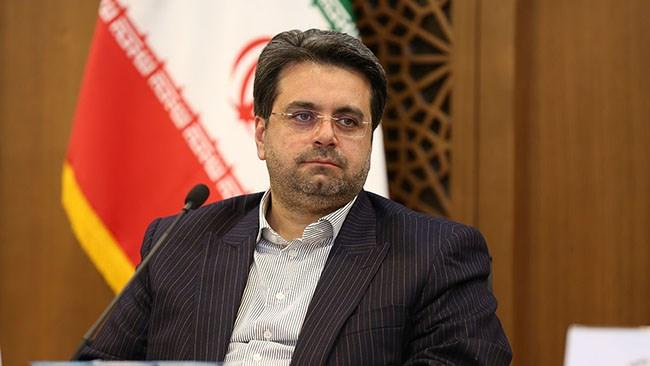 مسعود گلشیرازی، رئیس اتاق اصفهان در چهارمین همایش مجازی چشمانداز اقتصاد ایران در سال 99 با اشاره به مشکلاتی که در سال 99 از ناحیه تحریم و کرونا به اقتصاد ایران تحمیل شده، خواستار توجه به نرخ منفی تشکیل سرمایه در اقتصاد ایران و اتخاذ سیاستهای انبساطی برای مثبت شدن این شاخص شد.
